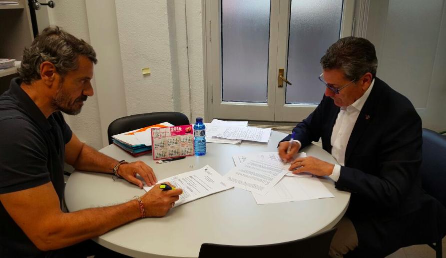 Rainaldo Ruiz, concejal de Cs l'Hospitalet, y Miguel García, portavoz del Grupo municipal