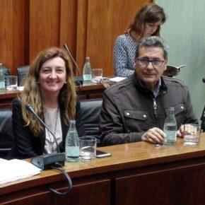 El portavoz de Cs l'Hospitalet, Miguel García, y los concejales Carmen Esteban y Jesús Martín, en la lista de Barcelona para el 21-D