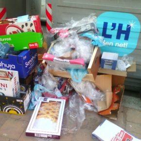 Cs reclama más medidas en la recogida de basuras de l'Hospitalet para evitar los contenedores desbordados