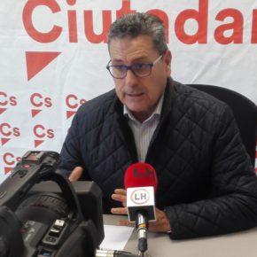 Cs recuerda al Gobierno de Núria Marín su compromiso de erradicar la maleza que genera alergias en l'Hospitalet (incluye IMÁGENES)