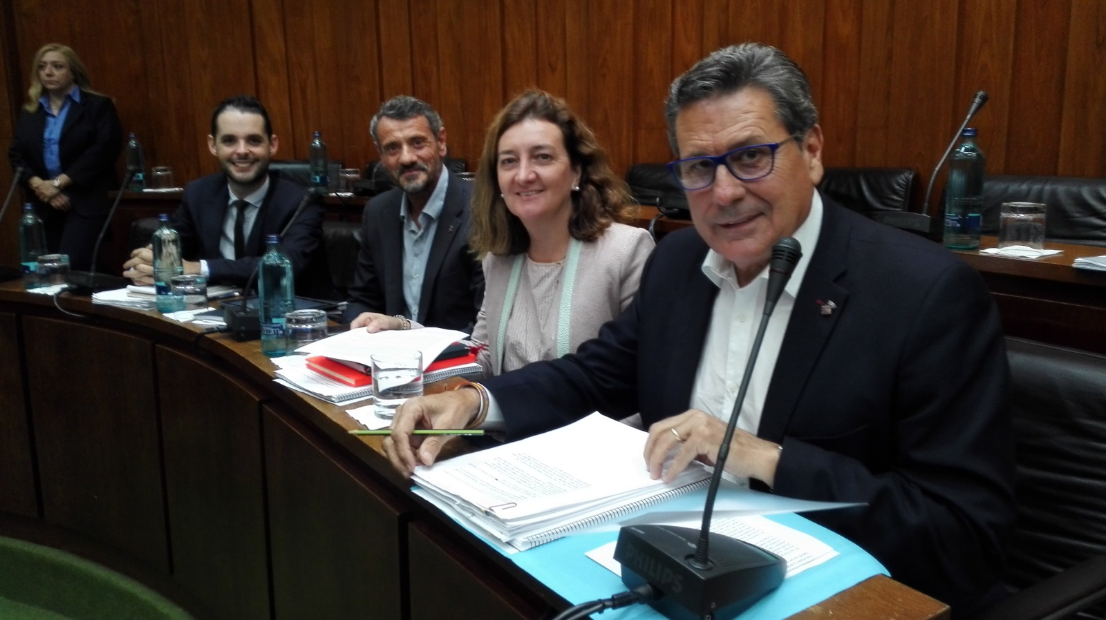 Los cuatro concejales de Cs l'Hospitalet momentos antes de arrancar el pleno de septiembre