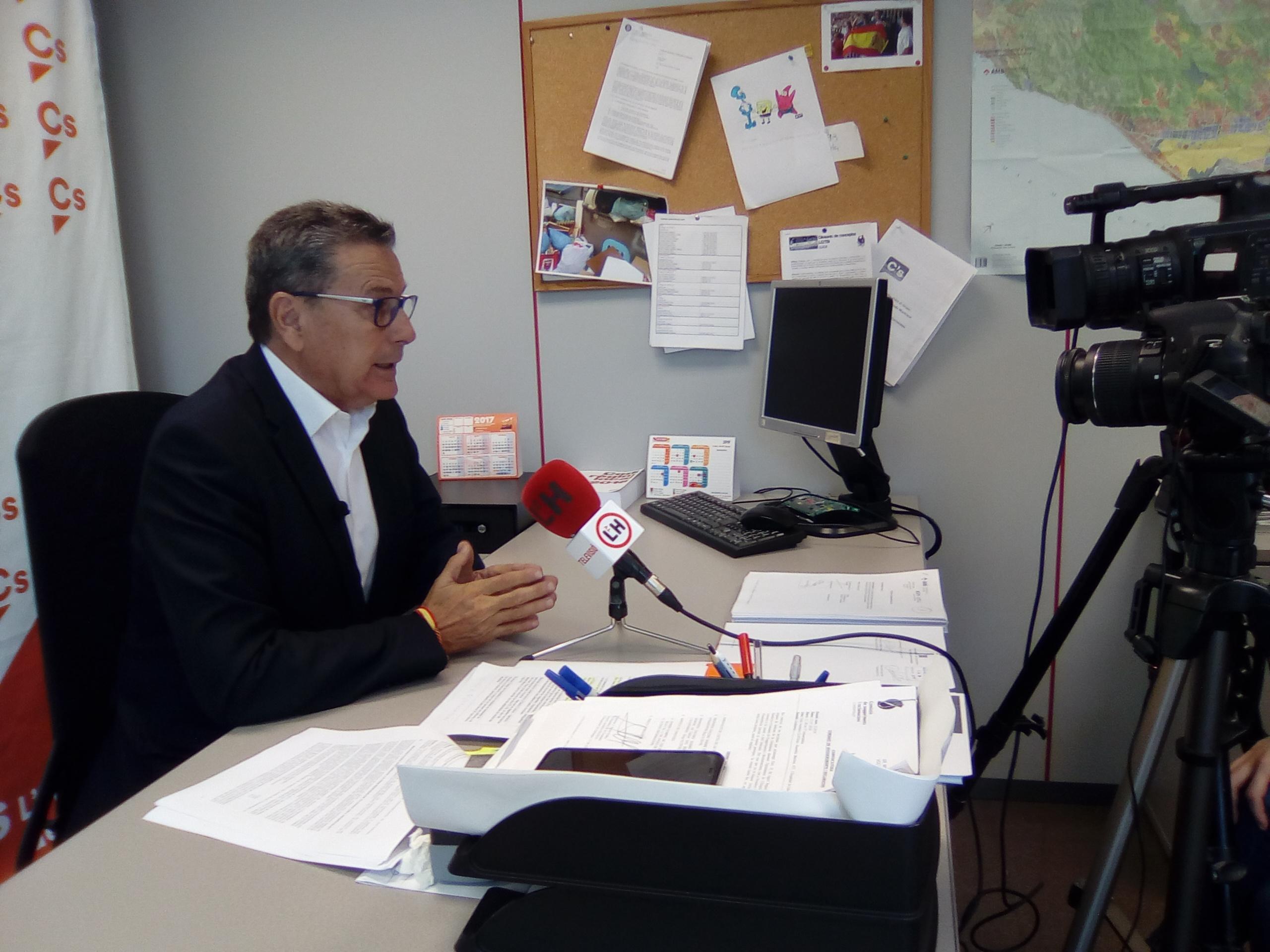 Miguel García, portavoz de Ciudadanos (Cs) en el Ayuntamiento de l'Hospitalet